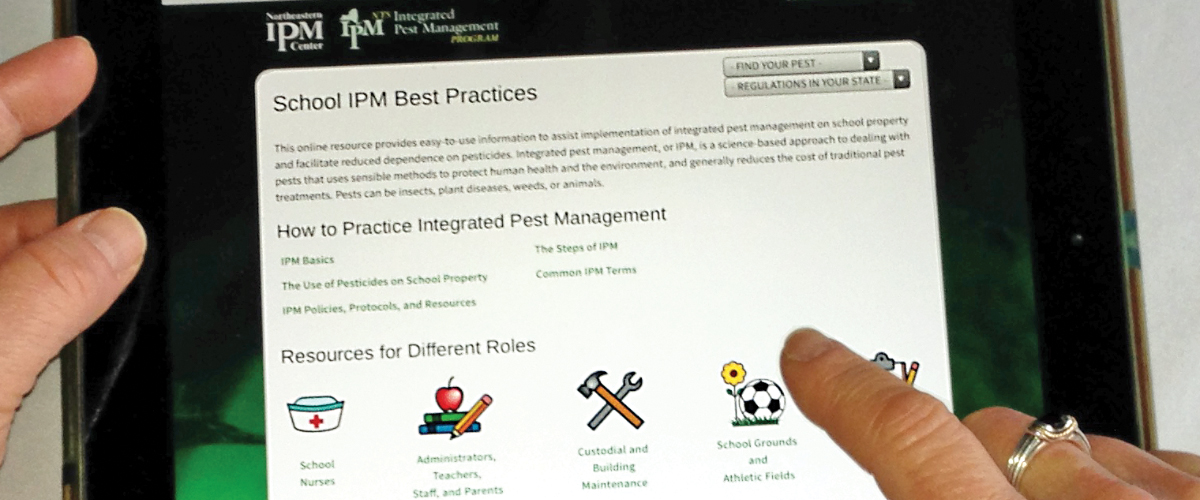 Center Supports Ongoing Development of School IPM Web Resources